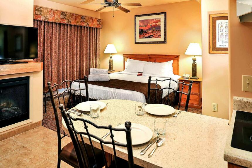 Bell Rock Inn Suites