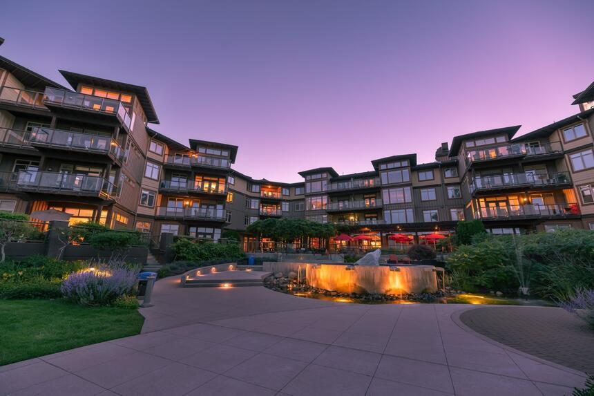 Inner Cove Hotel Grounds Sunset