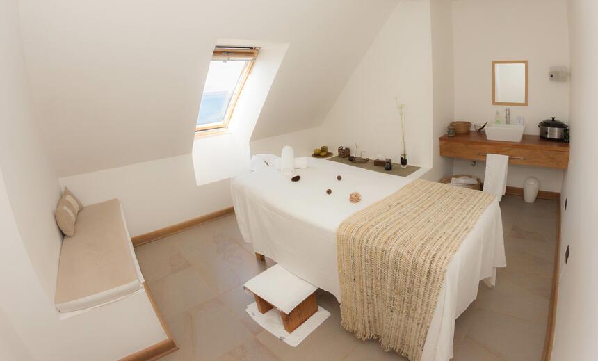cama de masajes spa hotel cumbres puerto varas