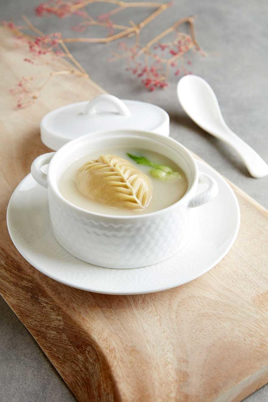 Signature Shanghainese Beancurd Dumpling in soup