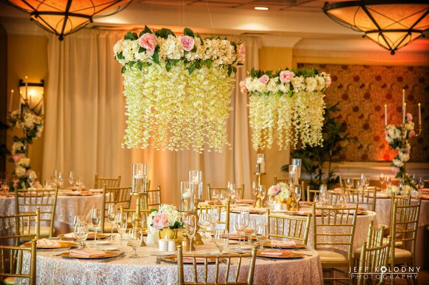 wedding venue tables and decorations