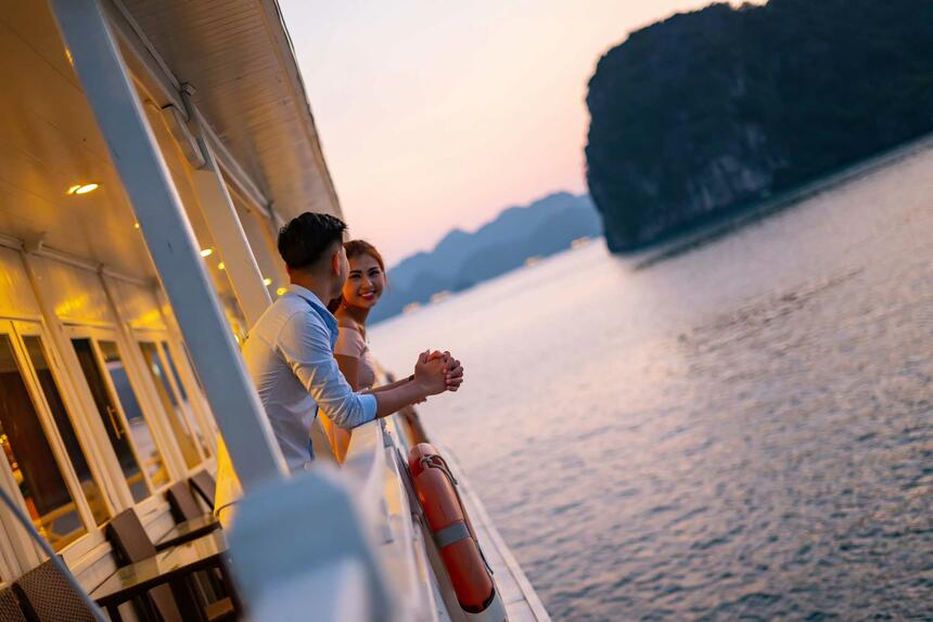 Syrena Cruises - Best Halong Bay Cruises - Balcony View