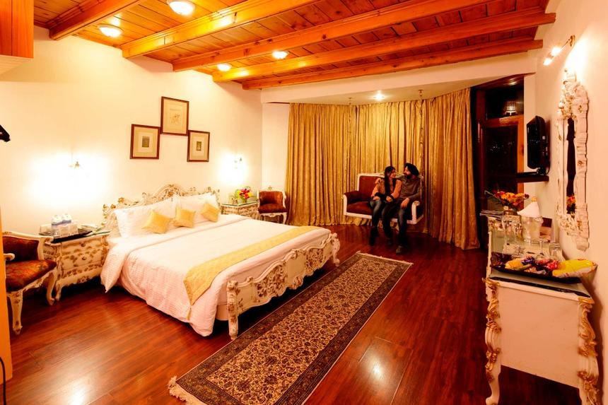 Royal Suite at ManuAllaya Resort Spa Manali in Himachal Pradesh