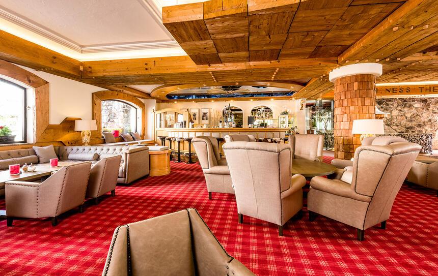 Bar und Lounge im Hotel Liebes Rot Flüh, Haldensee Tirol
