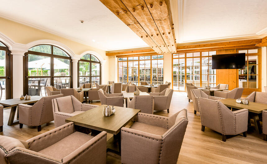 Lounge im Hotel Liebes Rot Flüh, Haldensee Tirol