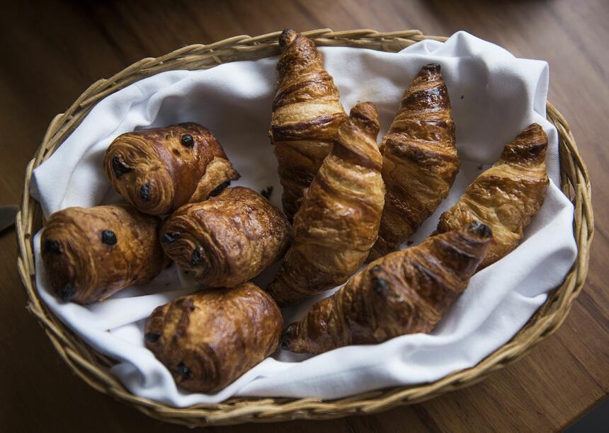 basquet of croissants