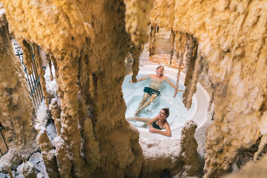 Grottenbad im Hotel Liebes Rot Flüh, Haldensee Tirol