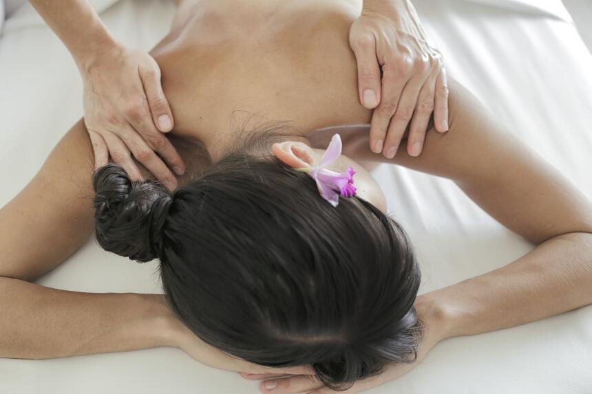 woma getting back massage