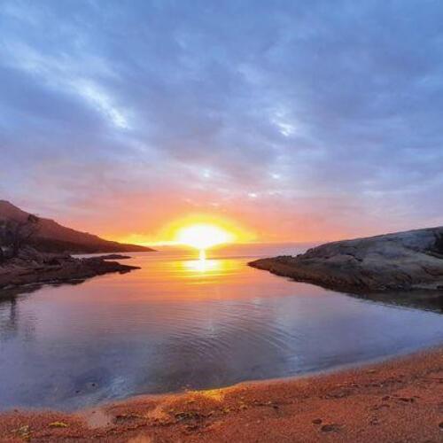 Sun set at Great Oyster Bay near Freycinet Lodge