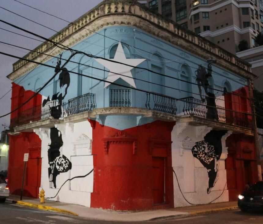 building painted with Puerto Rican flag