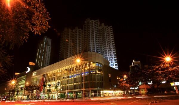 The Lenmarc Mall near Vasa Hotel Surabaya