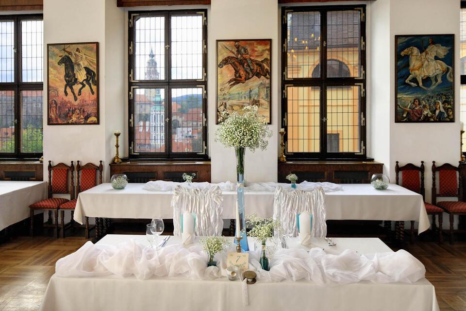 Wedding Arrangement at Hotel Ruze, Český Krumlov, Czech Republic