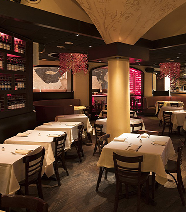 The dining area of Serafina Restaurant at Dream Midtown NYC