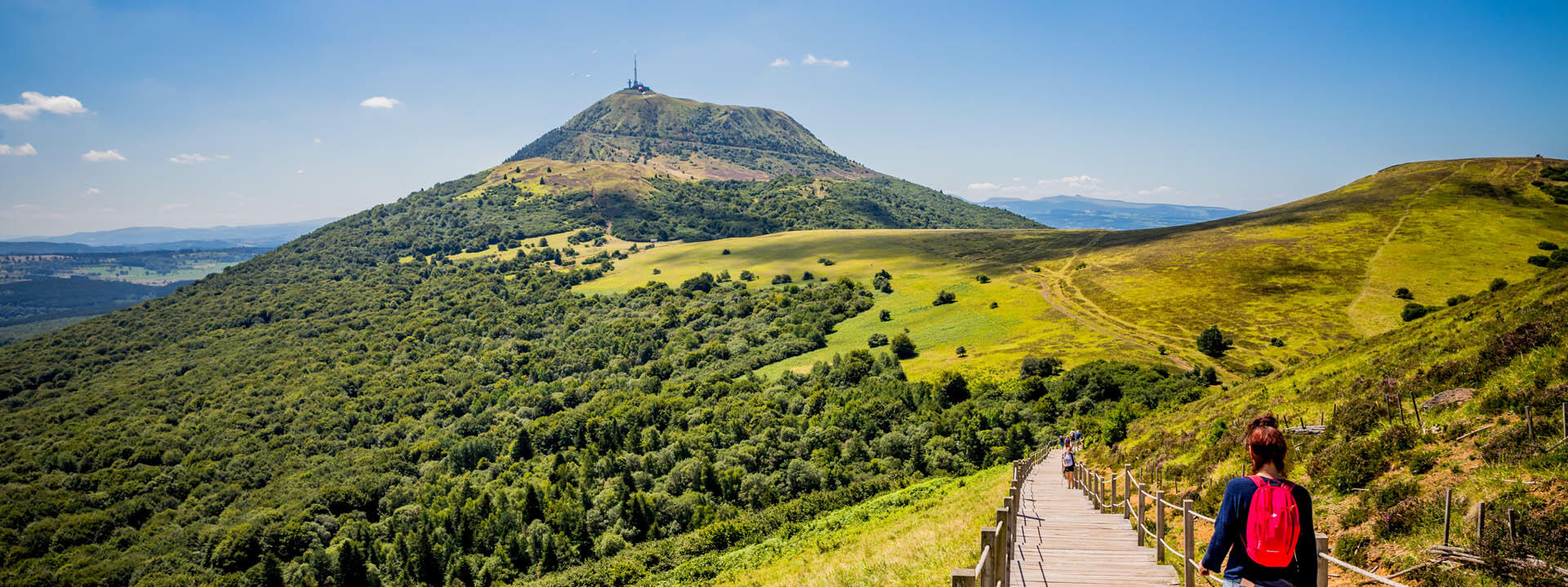 Explore the Auvergne Volcanoes Regional Nature Park