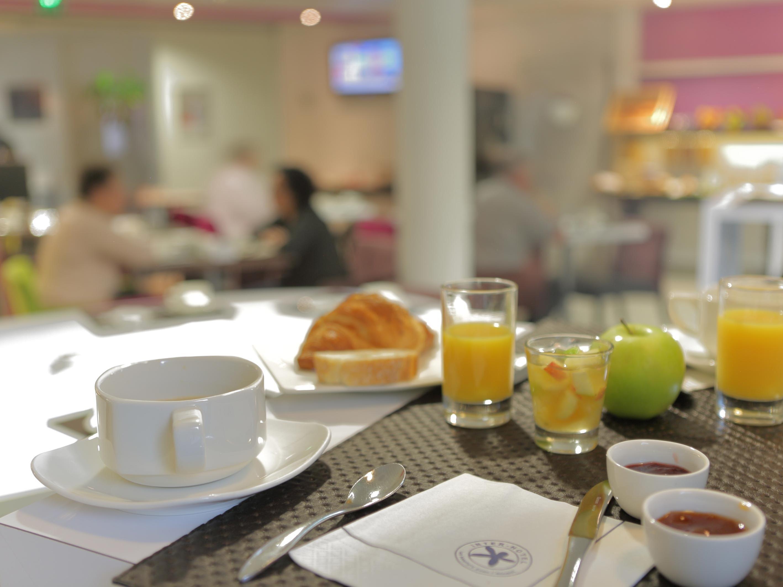 petit dejeuner salle saint james hotel