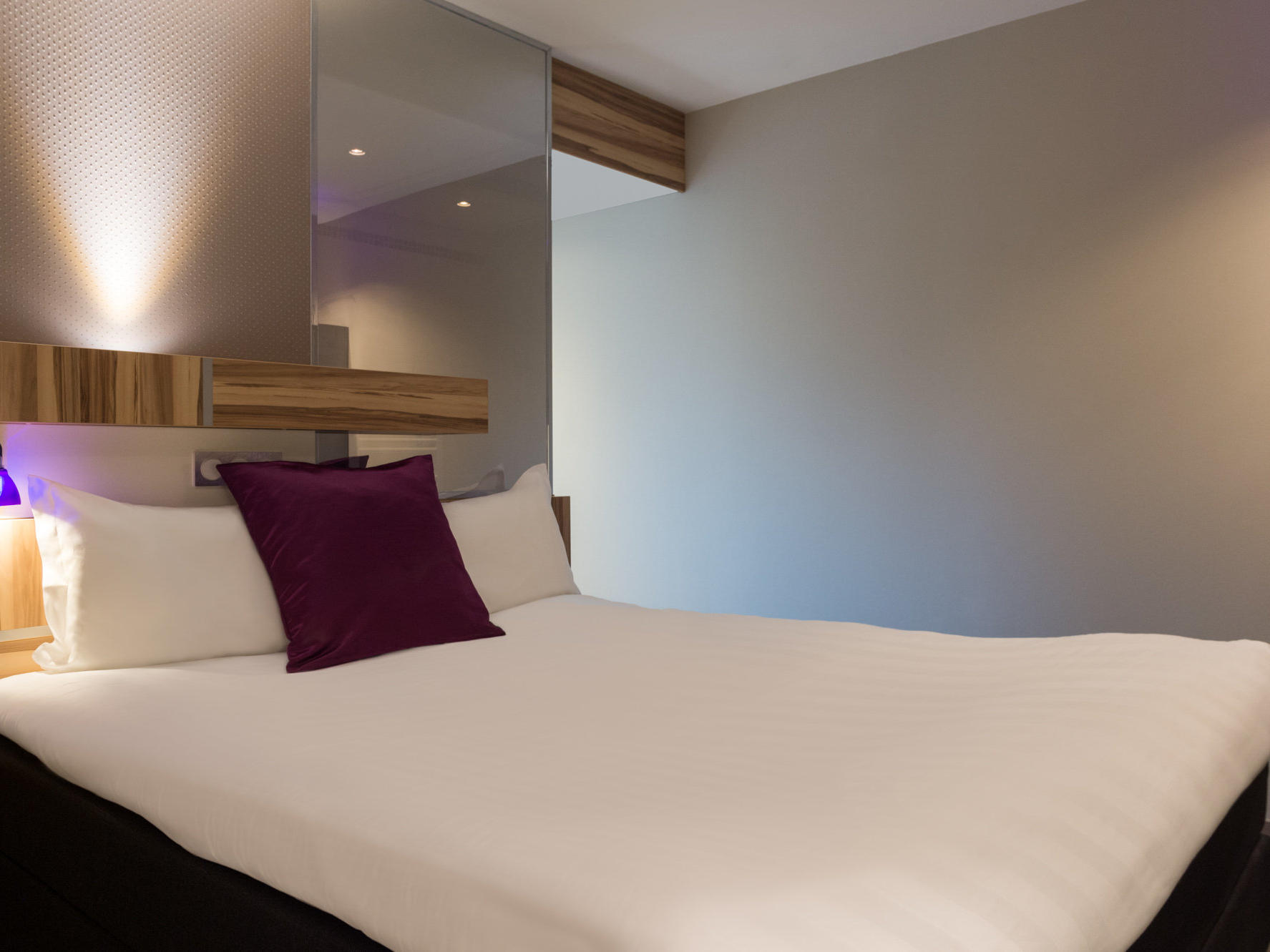 The Superior Double Room at the Grand Hôtel Saint-Pierre with one large double bed