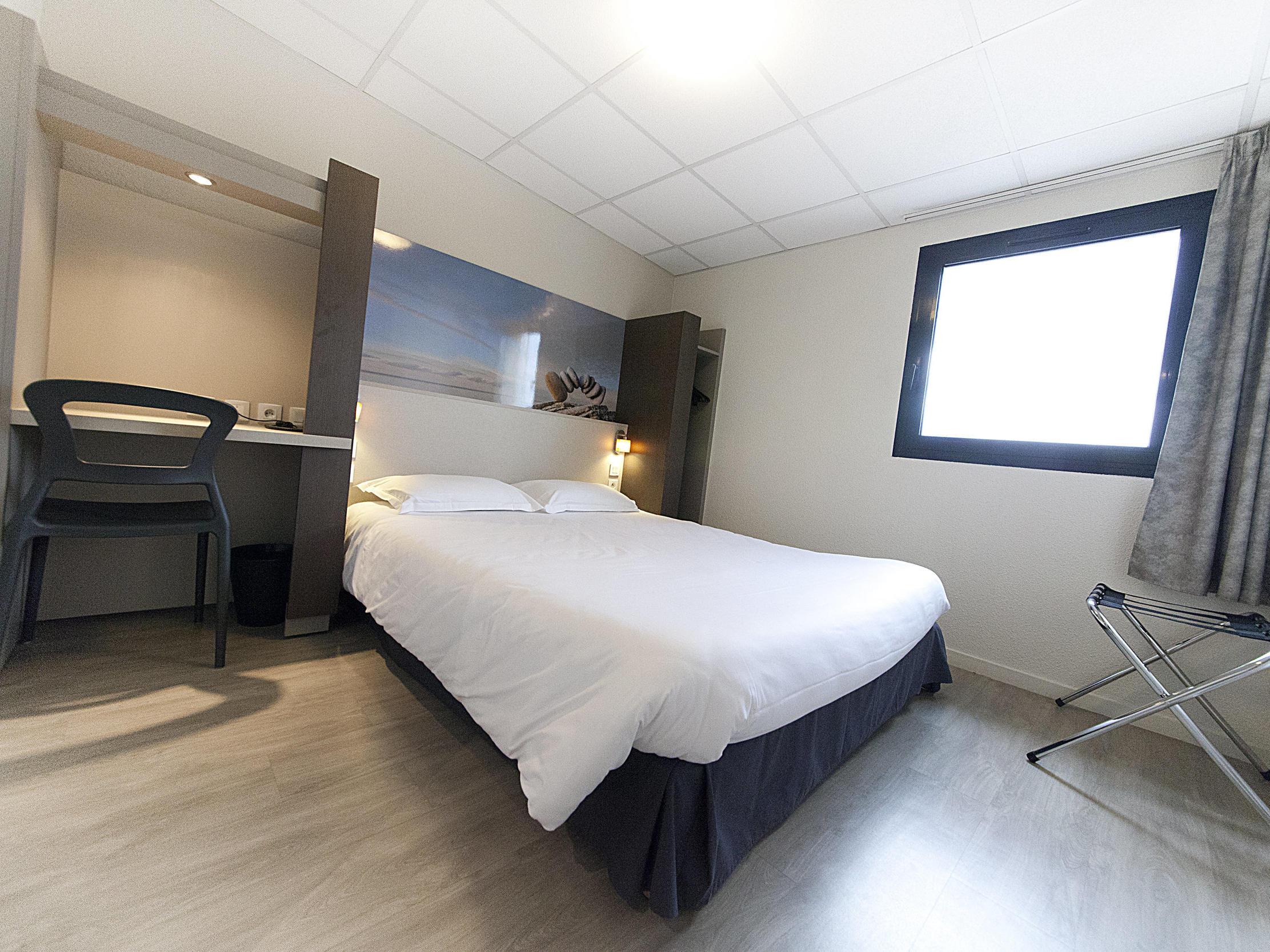 Double Room at The Originals City, Hôtel Clermont-Ferrand Sout Aubière