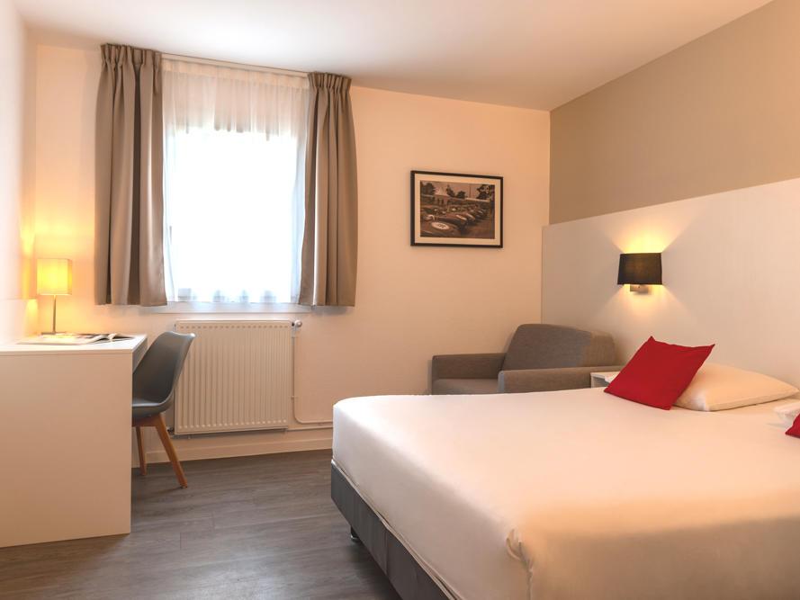 Triple Room at Acropole Hôtel