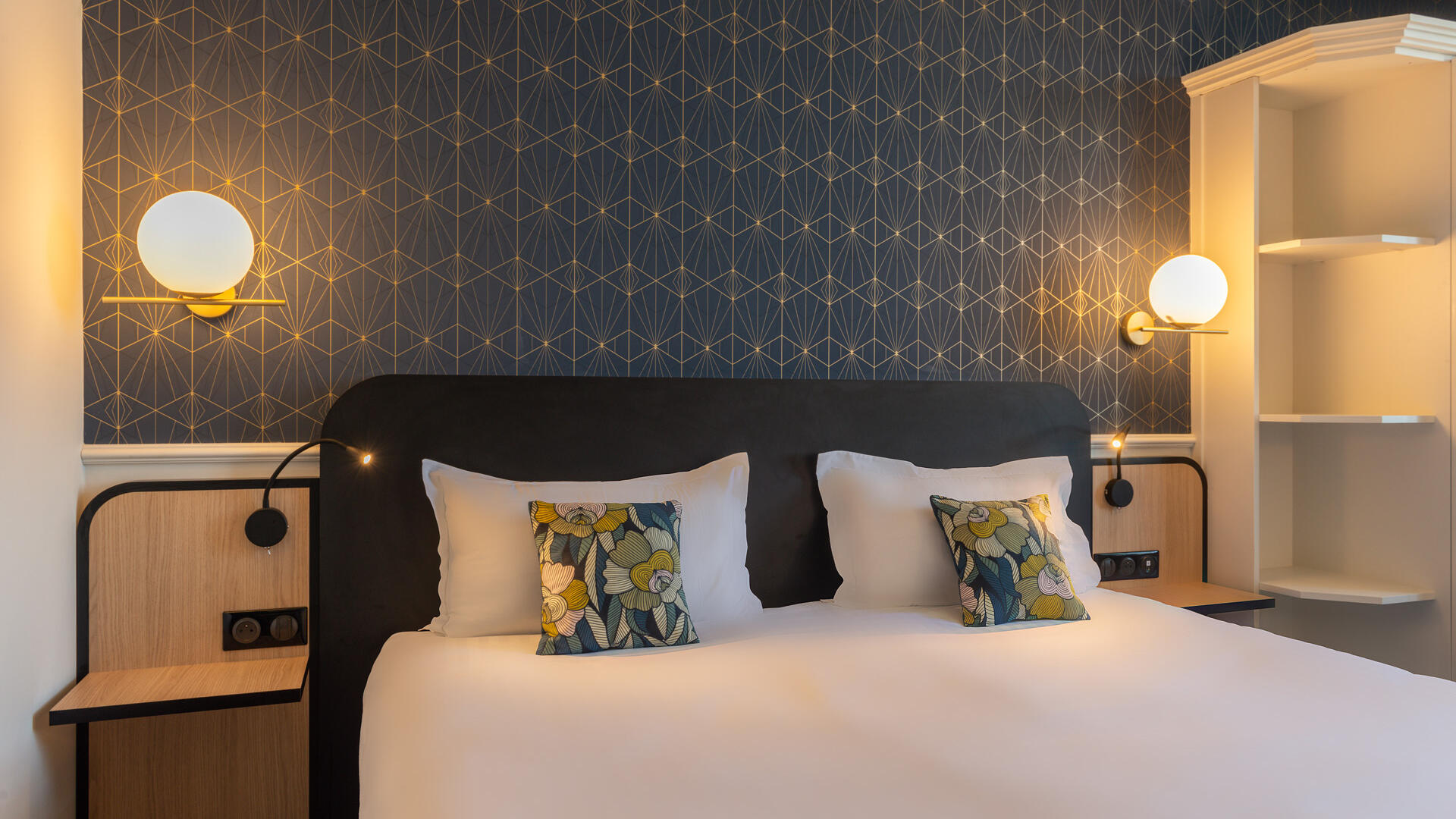 Classic Double Room at Hotel Anne d'Anjou in Saumur, France