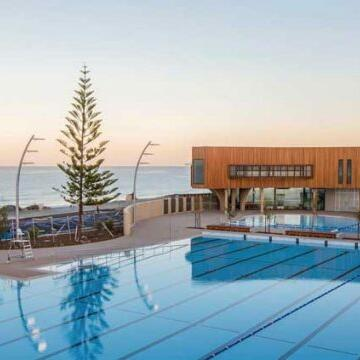 Pool area at Be Fremantle facing the beach