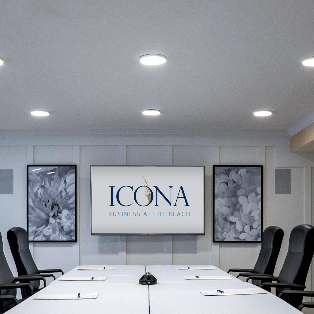 ICONA Avalon Aloha Meeting Room with table chairs wall-mounted tv