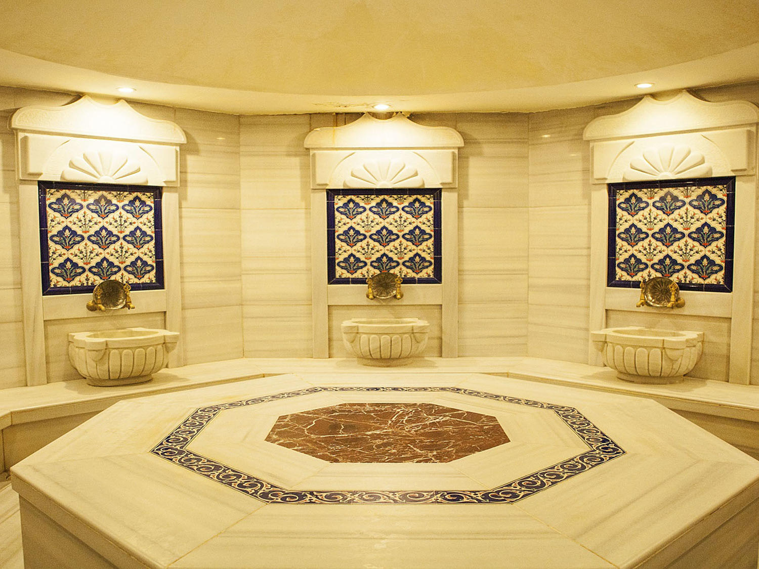 Turkish bath at Bilek Istanbul Hotel