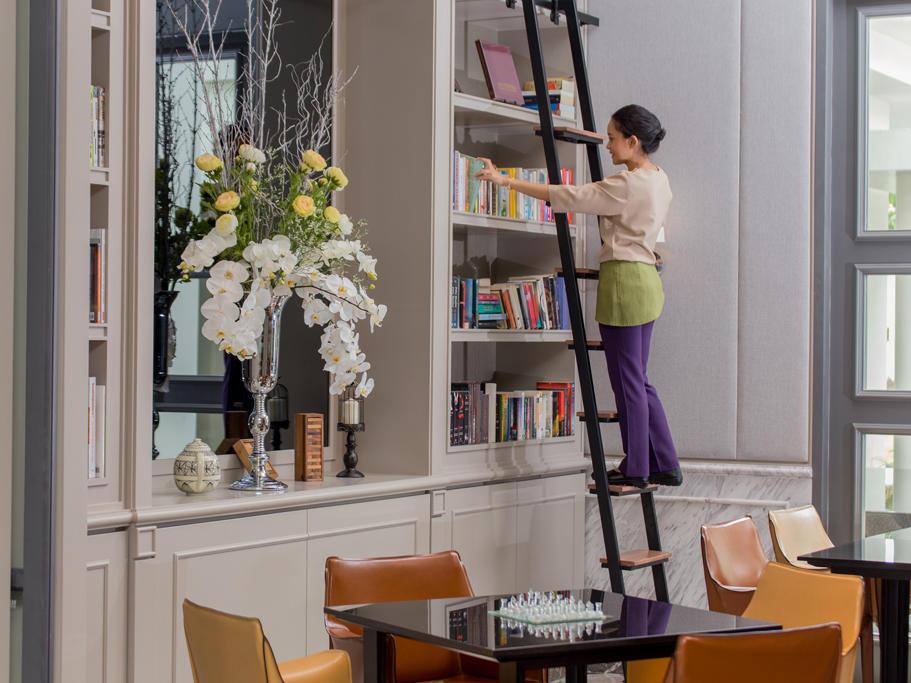 Library - U Hotels and Resorts