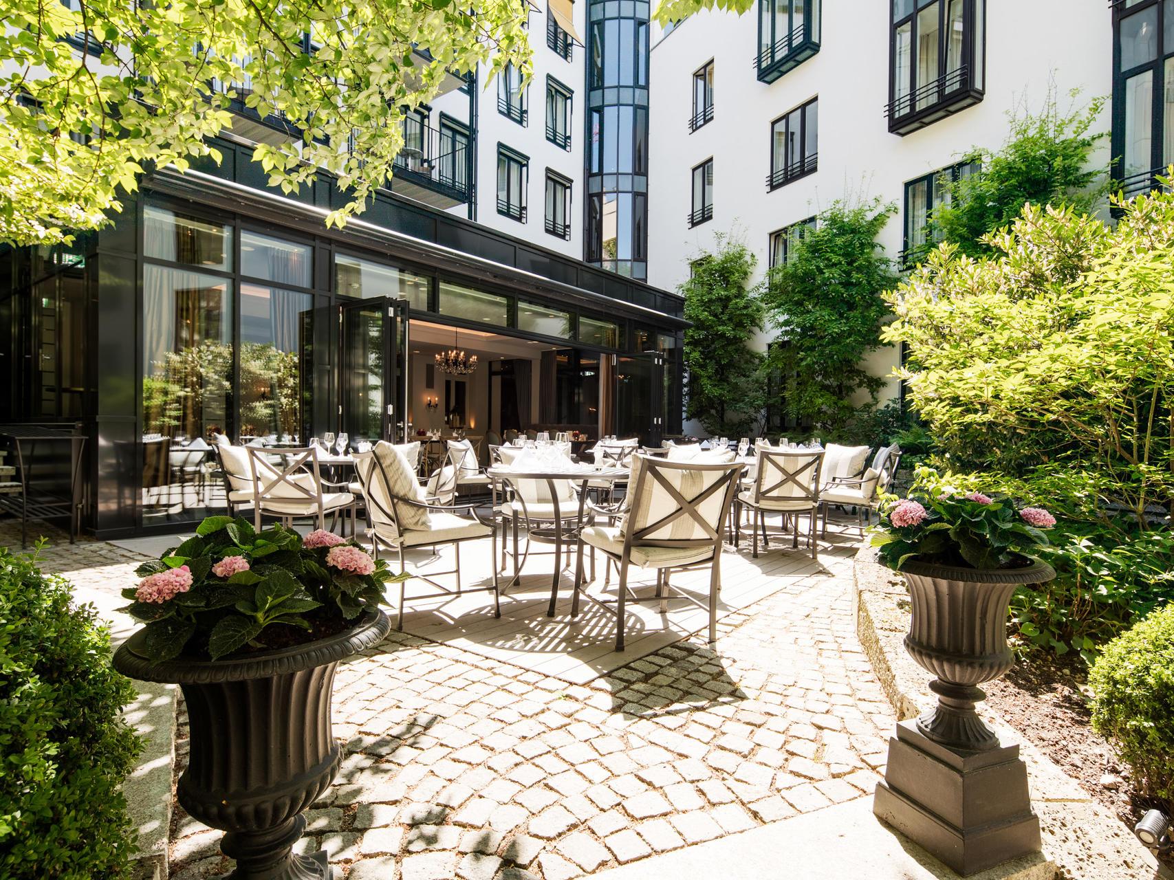 Garden at Hotel München Palace