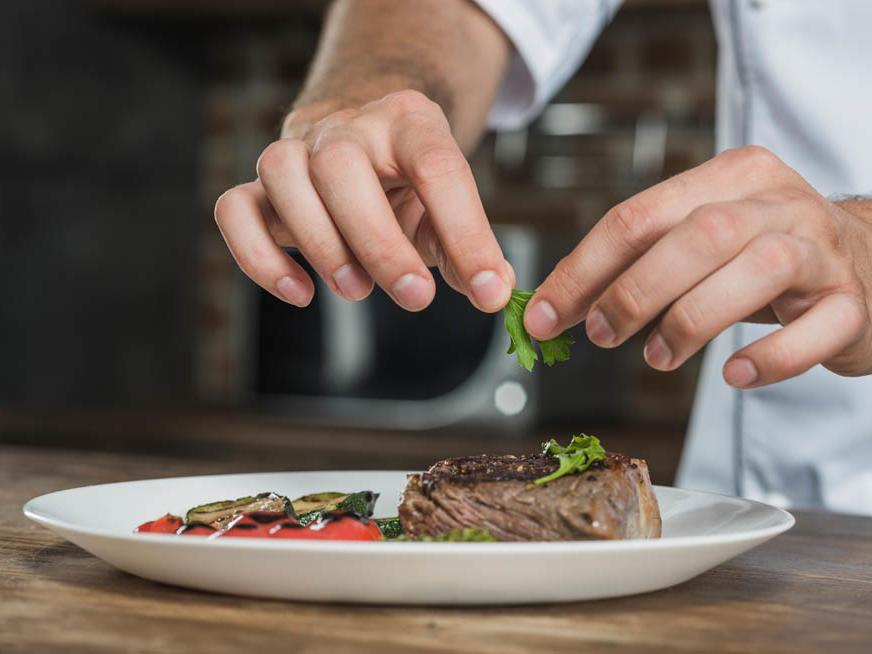 West Coast Chef School in Club Mykonos