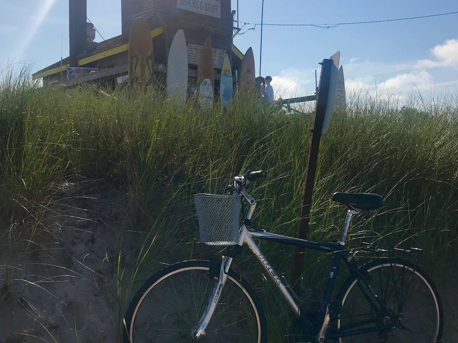 Bicycle on the Hamptons Beach, The Roundtree, Amagansett, Hotel in Hamptons