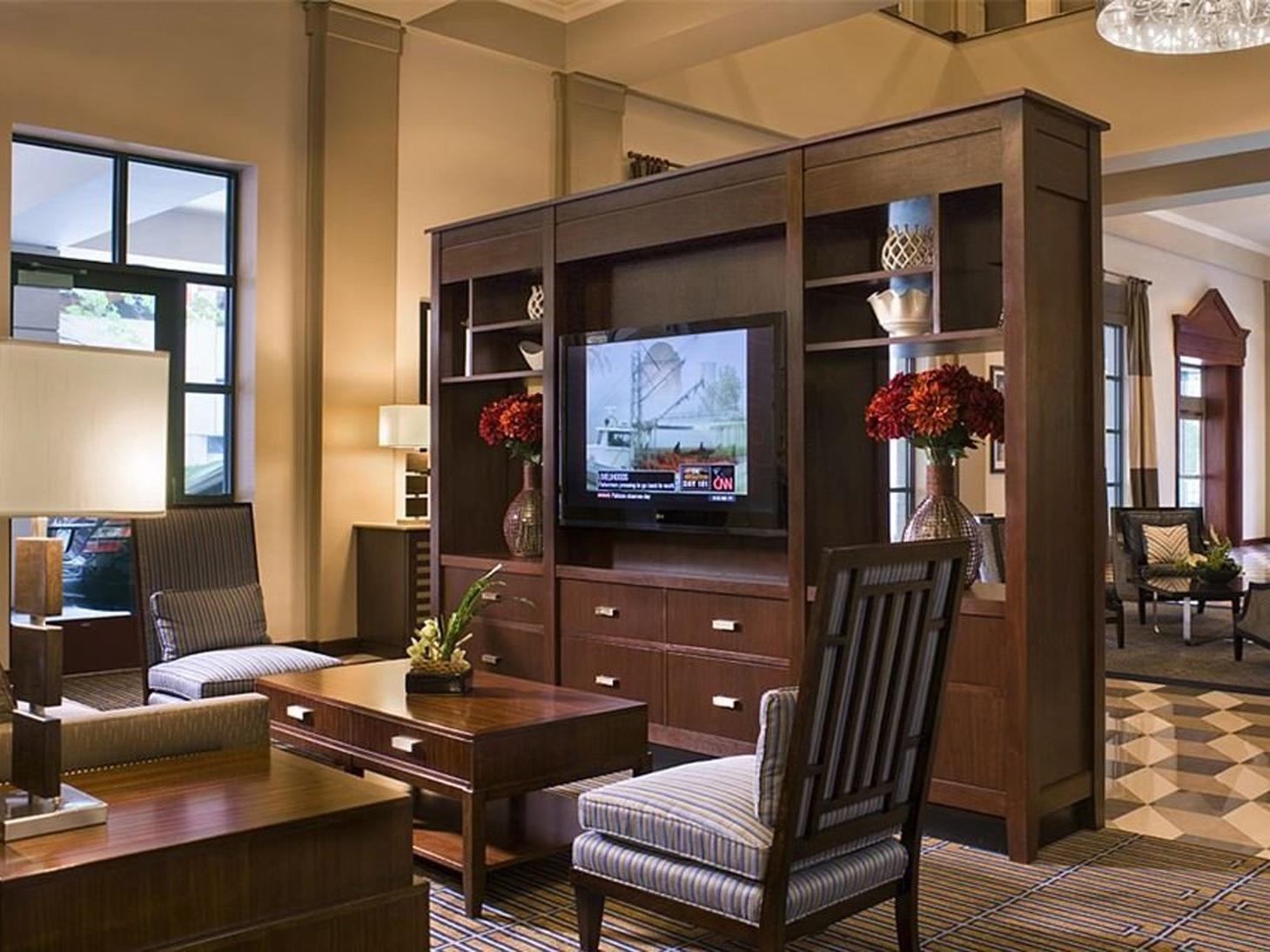 Seating Area with Large HDTV in Lobby