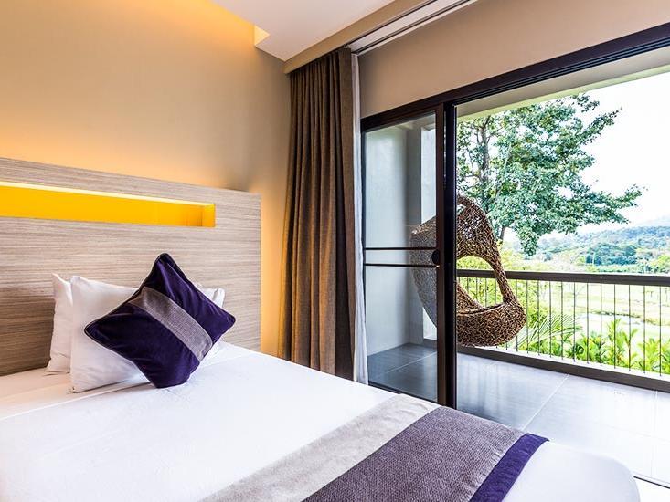 In-room massage services at Chatrium Golf Soi Dao Chanthaburi