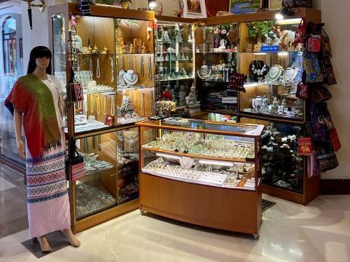 View of a Jewellery shop at Chatrium Hotel Royal Lake Yangon