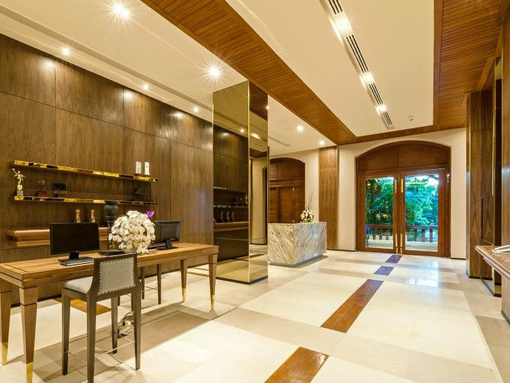 A view of a Business Services Chatrium Hotel Royal Lake Yangon
