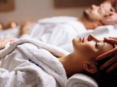 man and woman spa treatment