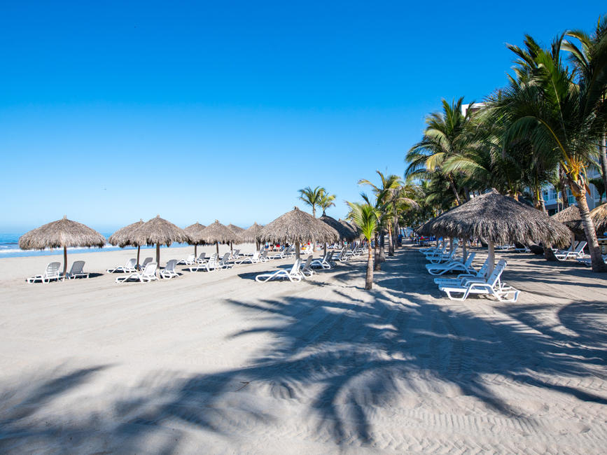 Beach facilities at Hotel Villa Varadero