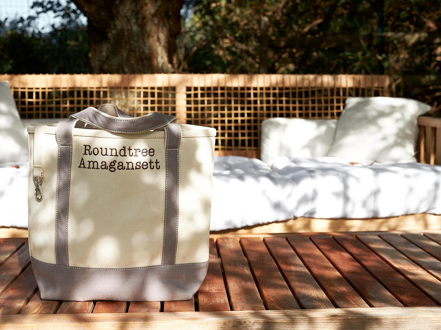 Beach Essentials, The Roundtree, Amagansett, Hotel in Hamptons