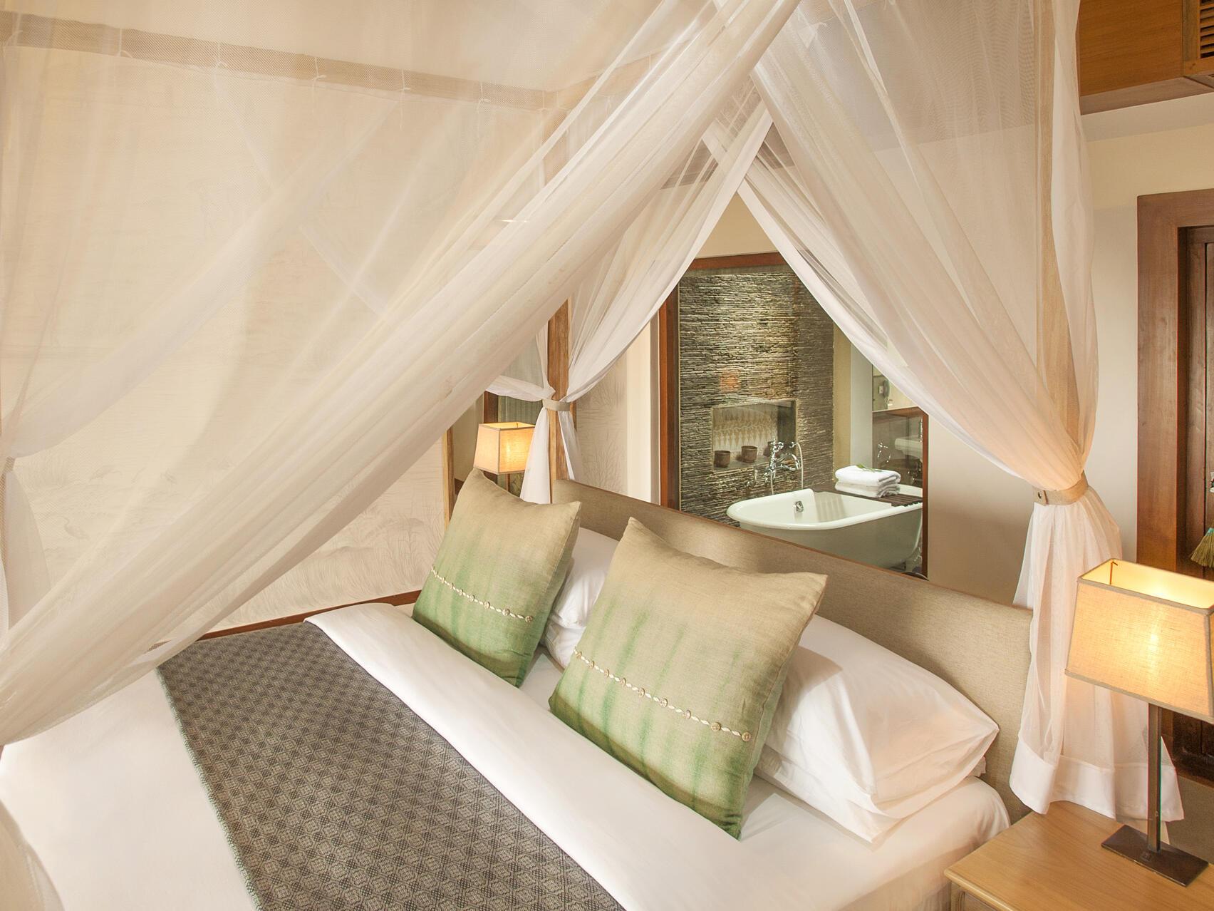 Comfortable bedroom  at Meghauli Serai