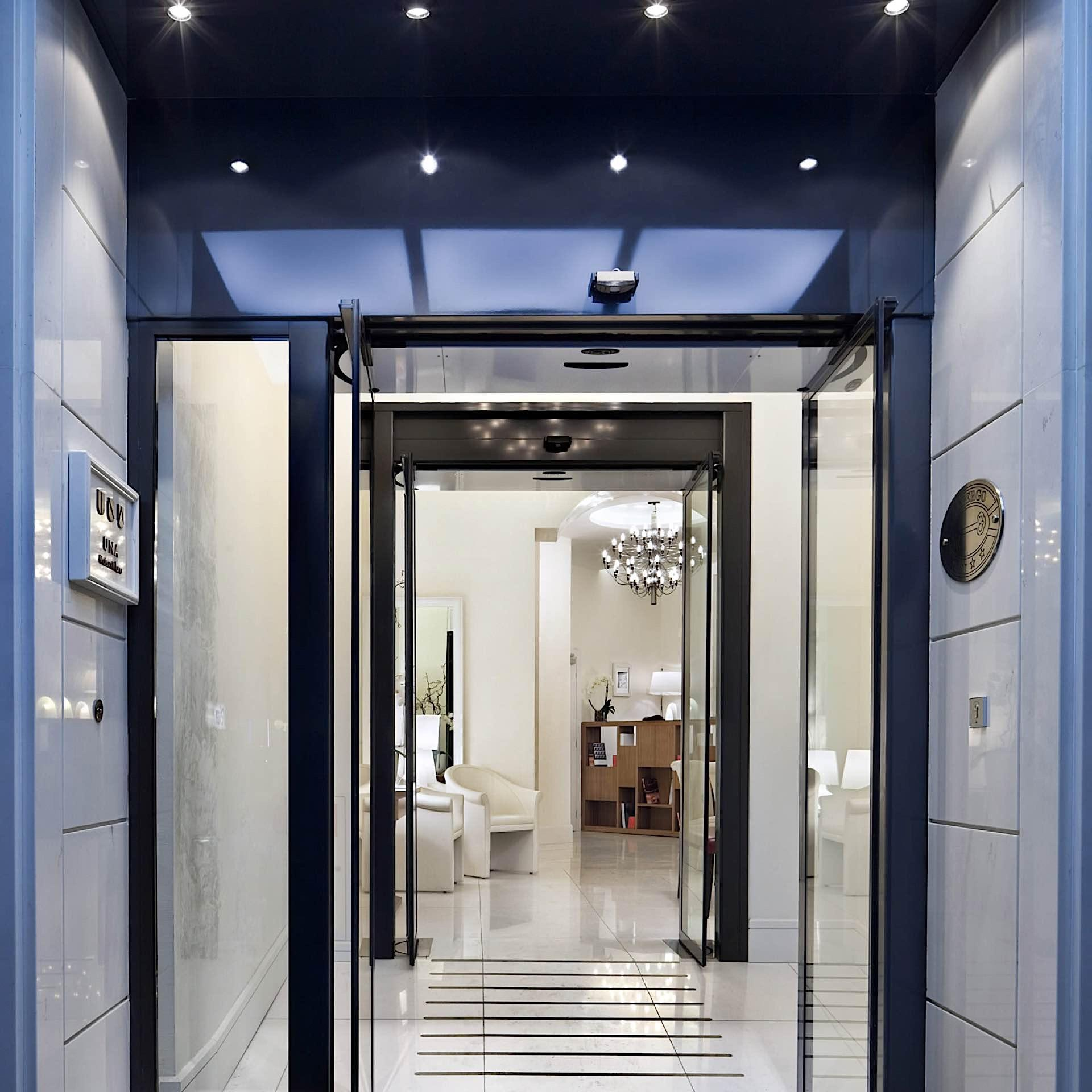 Entrance | Maison Milano