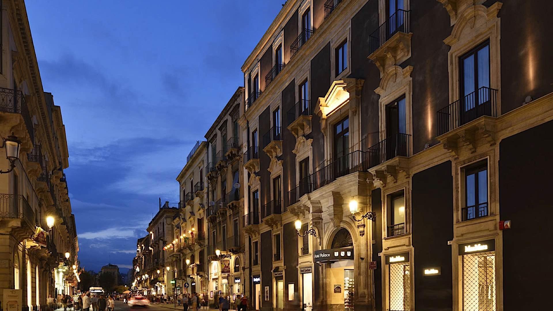 Exterior | Palace Catania