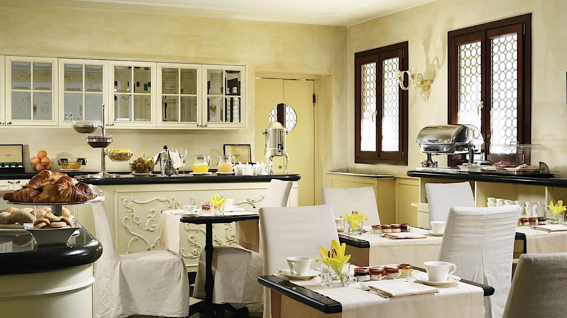 Breakfast | Maison Venezia