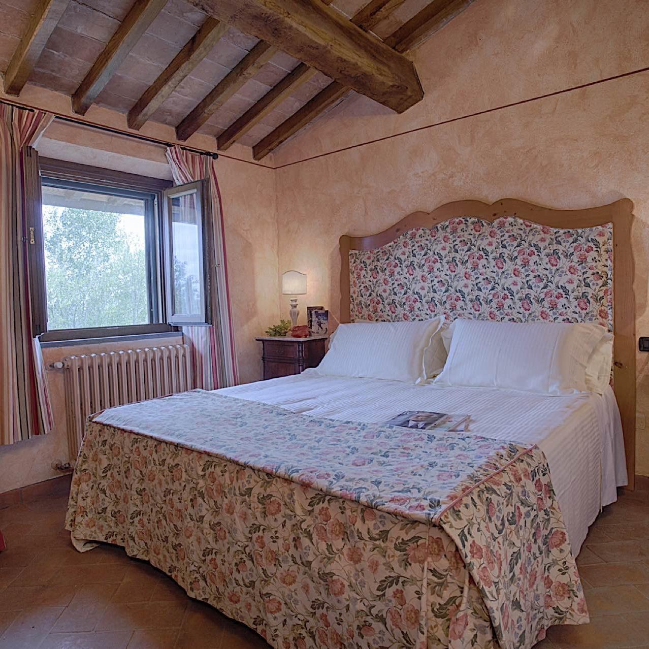 Glicine-Room   Fattoria Santo Stefano