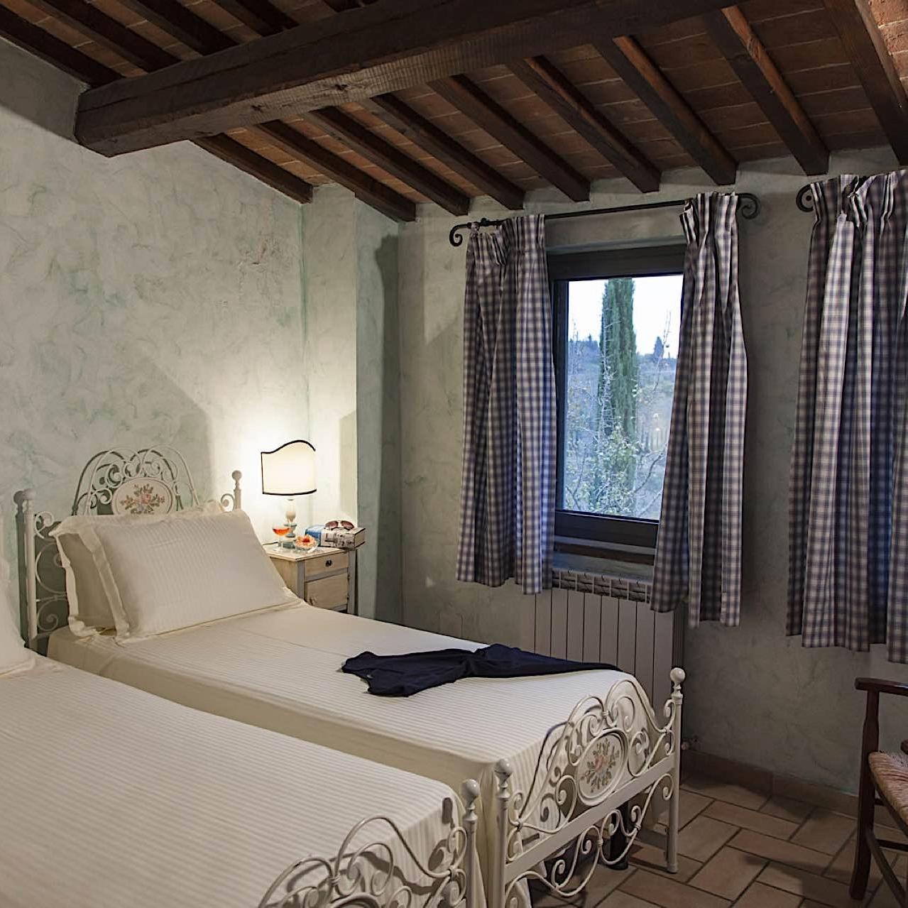 Villa-Cerretello Room   Fattoria Santo Stefano