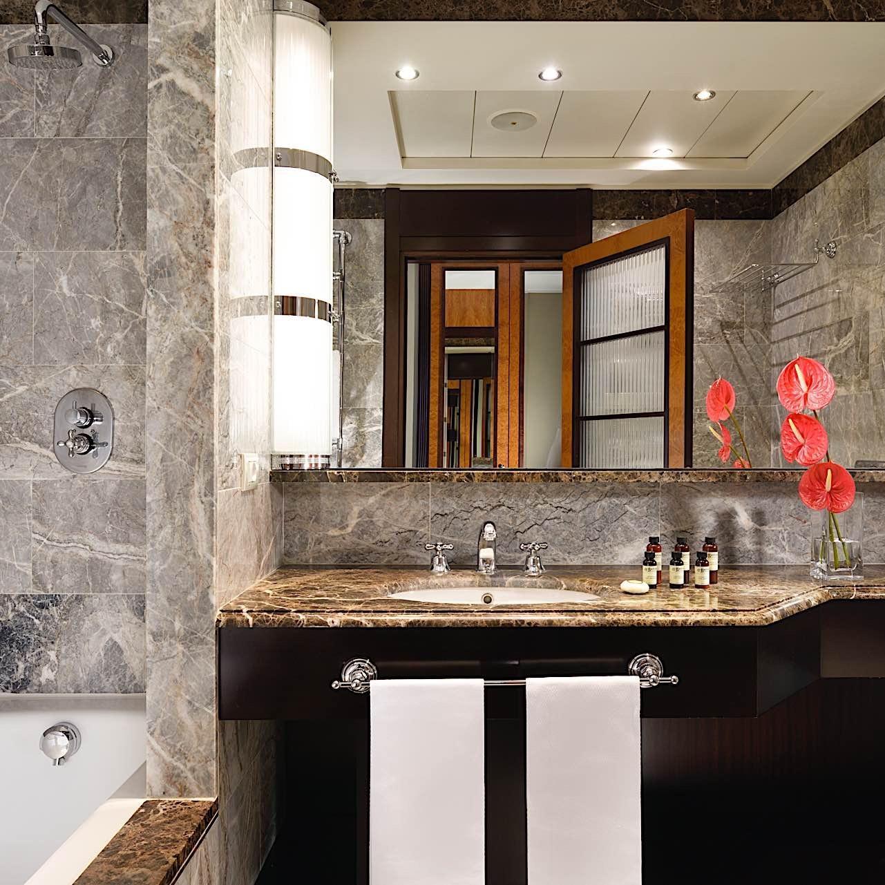 Bathroom   Principi Di Piemonte