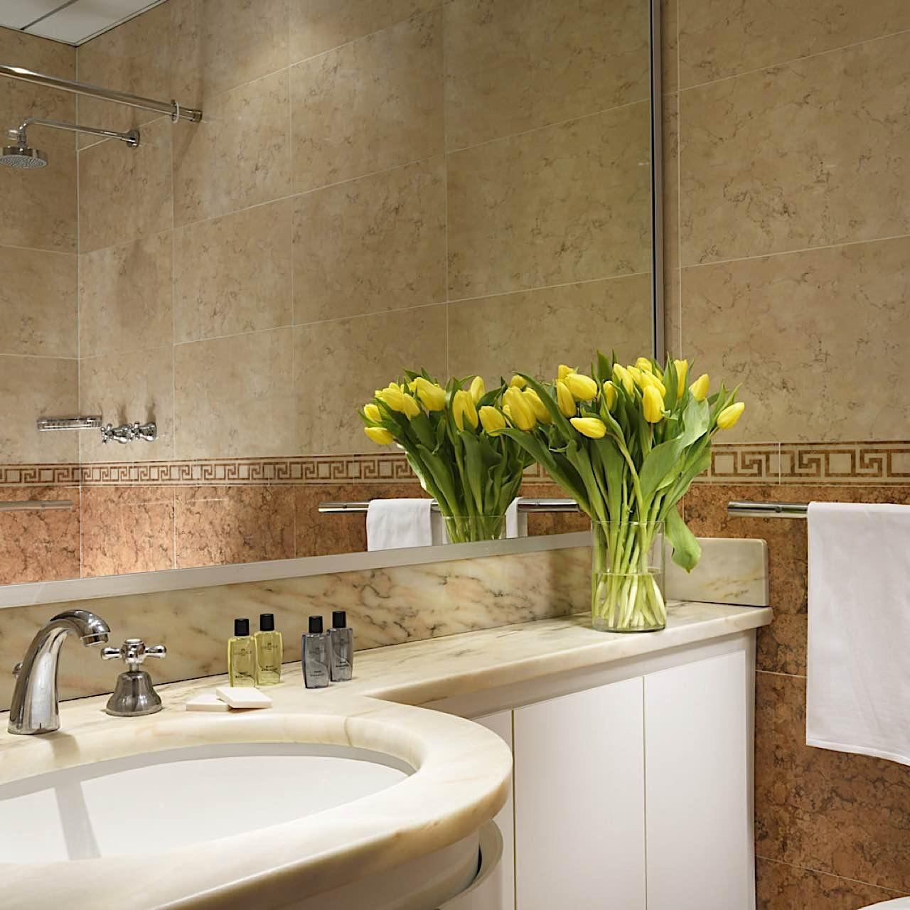 Bathroom | Contessa Jolanda Hotel & Residence Milano
