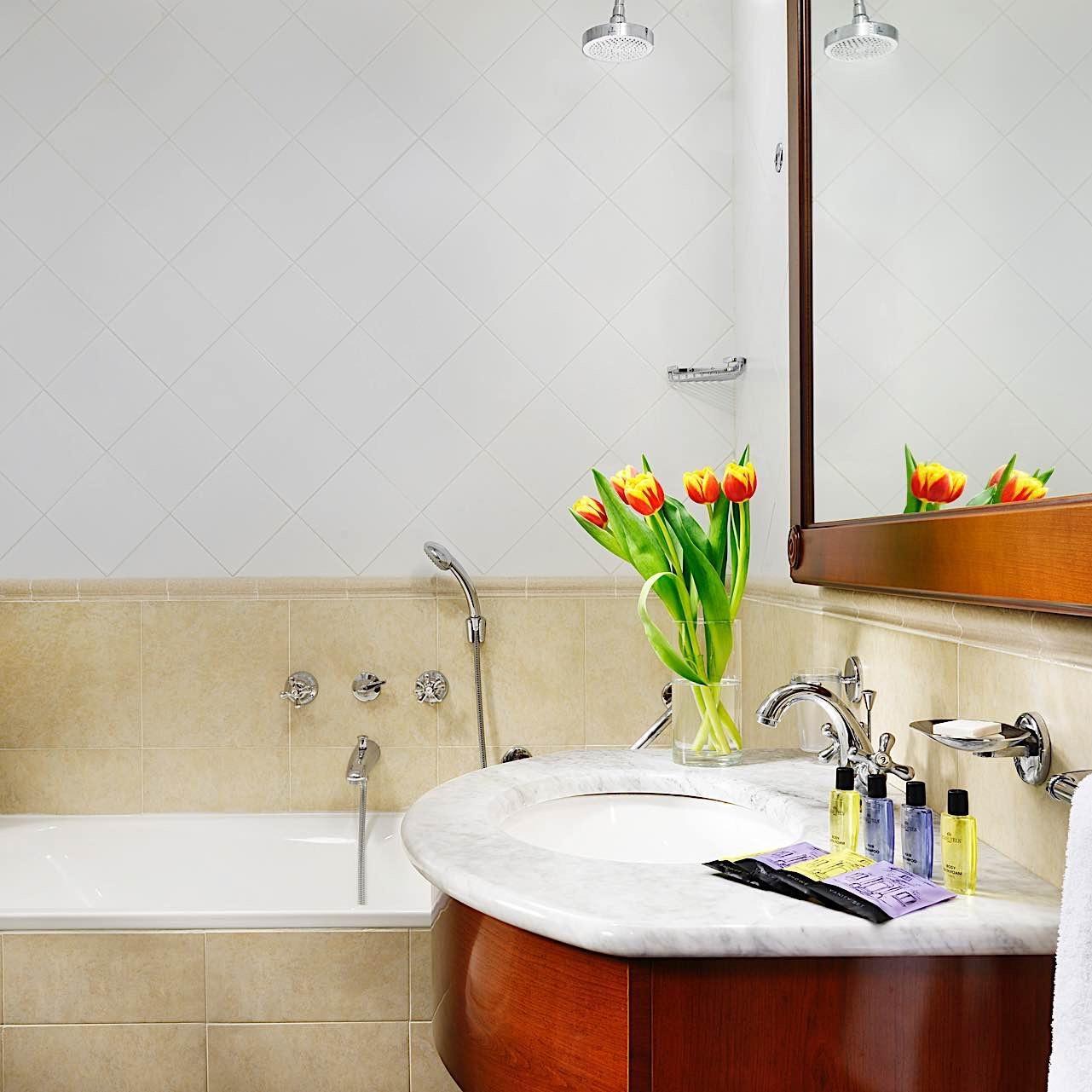 Bathroom | Linea Uno Hotel & Residence Milano