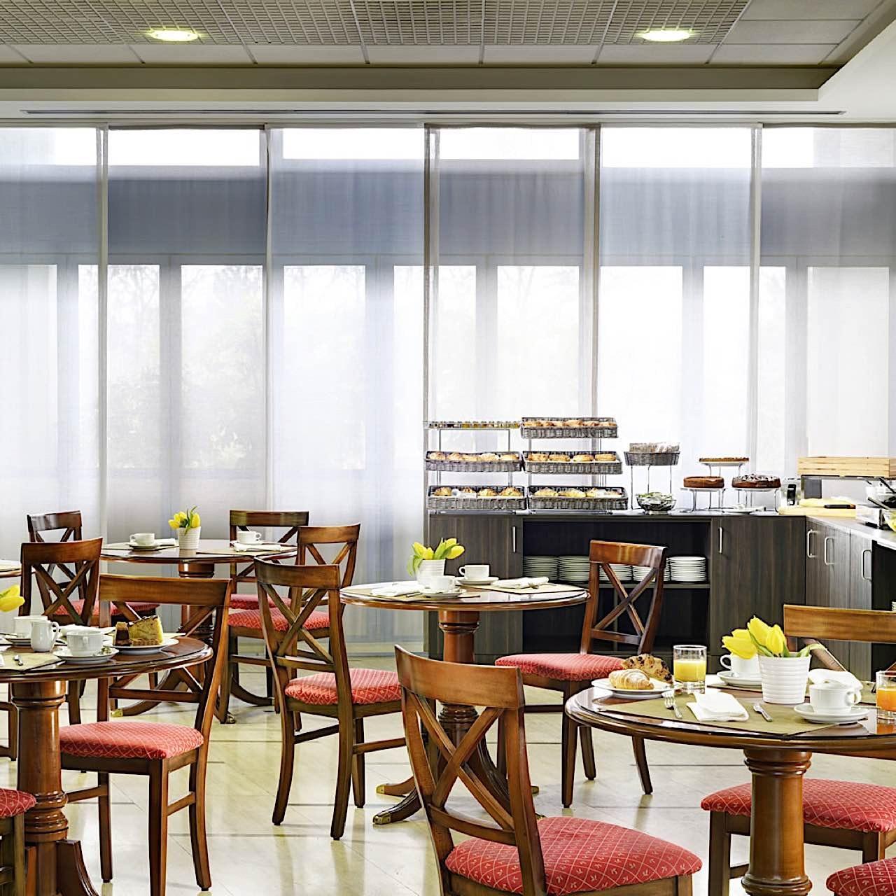 Breakfast   Quark Due Hotel & Residence Milano