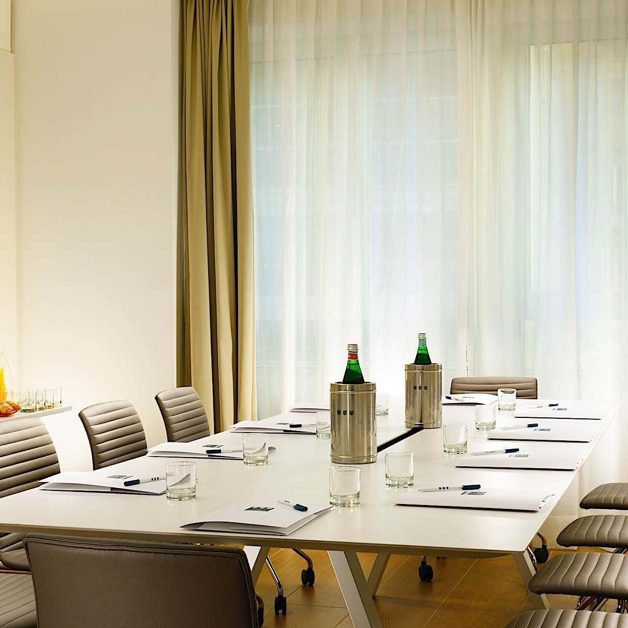 Filzi Gioia Meeting Room | Century Milano