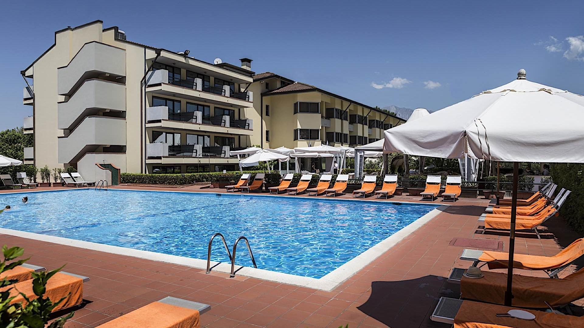 Pool View | Hotel Forte Dei Marmi