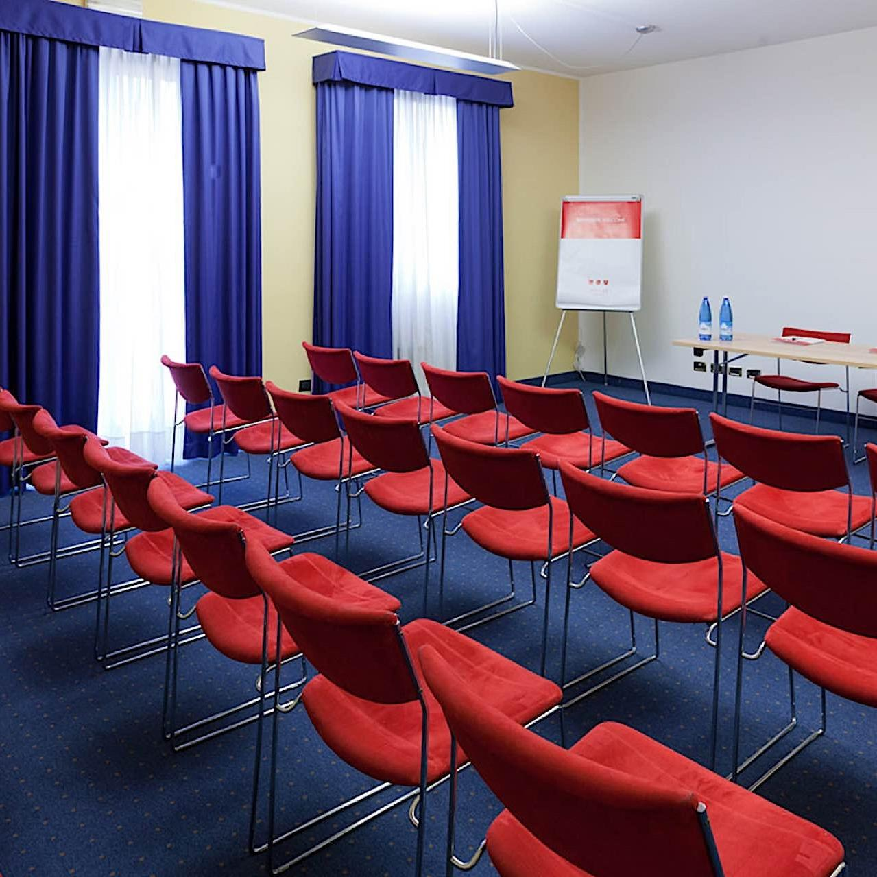 Meeting Room | UNAWAY Hotel Occhiobello